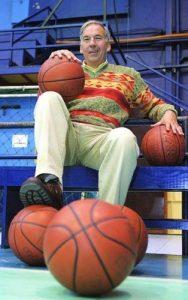 José Luis Verdejo, ex jugador, Mejor Deportista del Básquetbol en 1980 y 1982 y entrenador FIBA internacional.